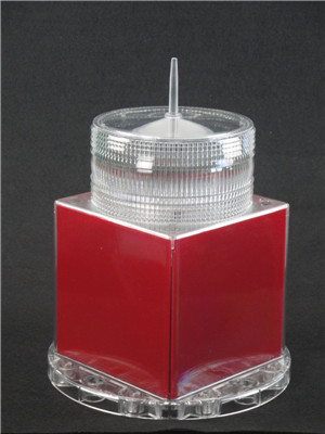 IQAirport.com RED L-810 Solar Obstruction Light - ICAO Aircraft Warning Lights